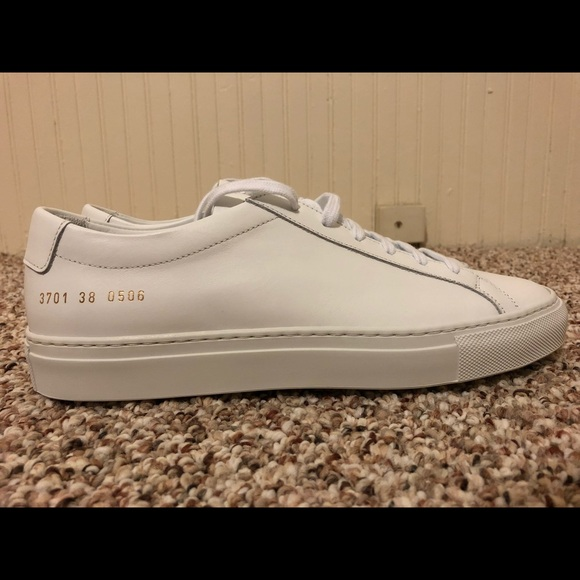 713bc2ff9f985 New Common Projects Achilles Low White 38